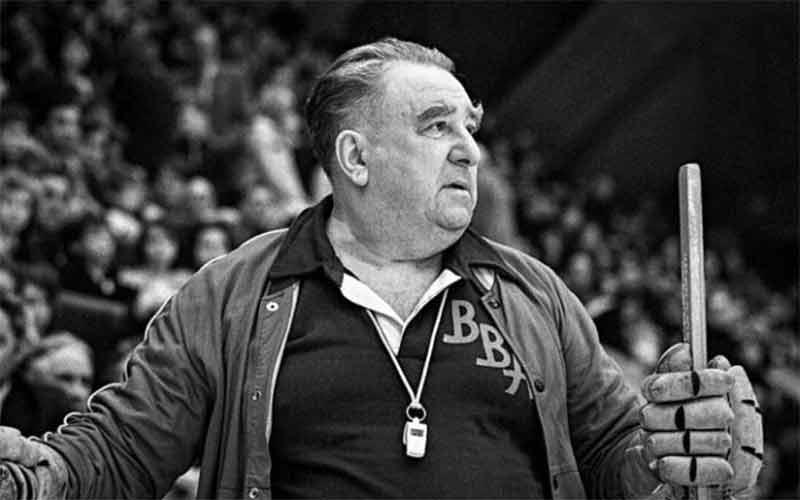 непонятно, фото тарасова тренера сборной ссср являются потомками северных