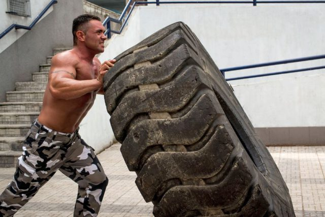 Что такое кроссфит: особенности тренировок, польза и вред, видео