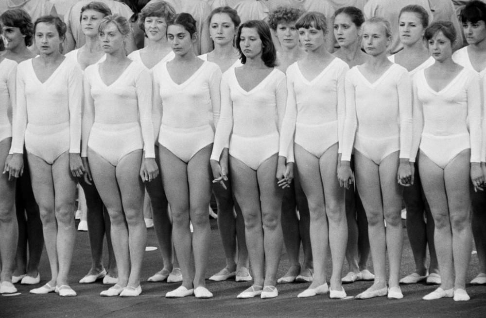приготовить, фото советских спортсменок момент постройки