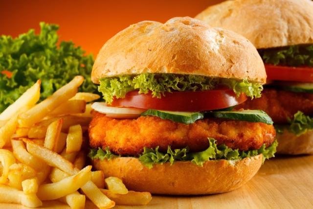 Самые вредные продукты питания: фаст-фуд